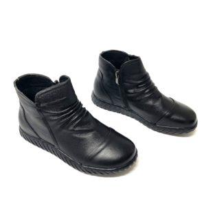 דגם 916 : נעל עור CARMELA בצבע שחור