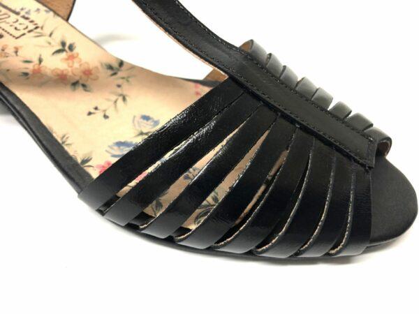 סנדל LIMOR עור שחור 101