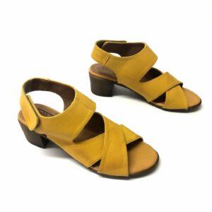 סנדל AVIV צהוב 5575