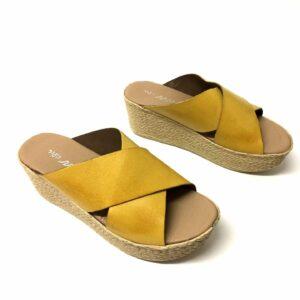 כפכף עור MONIC צהוב 5575A