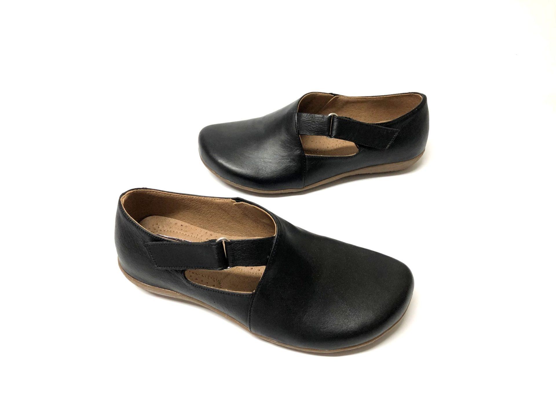 דגם 663 : נעל עור בצבע שחור