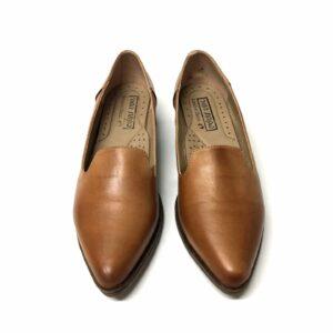דגם 708 : נעל עור בצבע כאמל