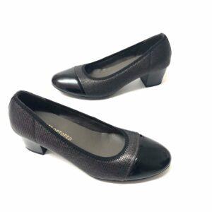 דגם 0831 : נעלי סירה בצבע שחור