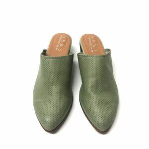 דגם 6041 : כפכף מחורר בצבע ירוק
