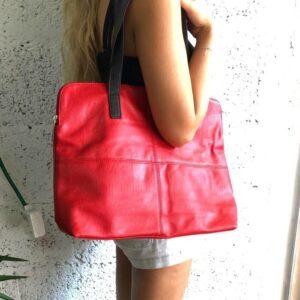דגם 13 : תיק מזוודה בצבע אדום
