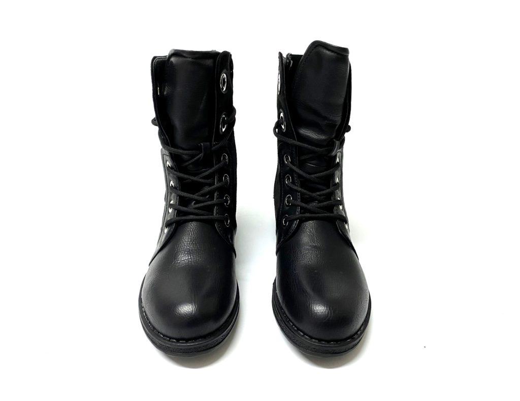 קניית נעליים לנשים