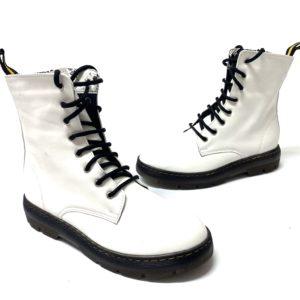 דגם 2020A : נעל MARTIN בצבע לבן מט