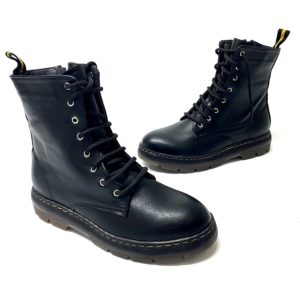 דגם 2020A : נעל MARTIN בצבע שחור