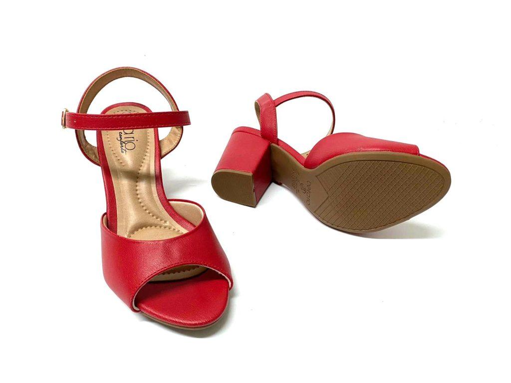 קניית נעלי נשים באינטרנט