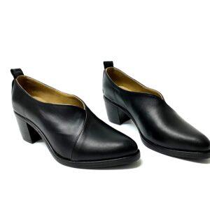 דגם 611 : נעל עור נשים