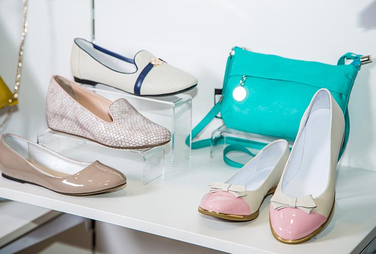 חנות נעלי נשים